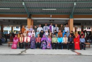 SEBAHAGIAN GURU PETANG SMK INDAHPURA 1 2010